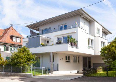 Mehrfamilienhaus in der Hindenburgstraße in Spaichingen, Blick von vorn an der Hindenburgstraße. Von Winker Bauträger, Ihrem kompetenten Baubüro in Spaichingen
